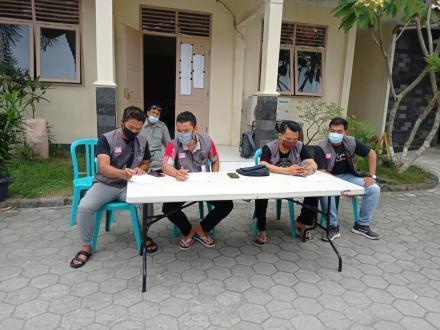 KPPS se-Desa Gilangharjo Melakukan ECLIA Test di Puskesmas Pandak 1