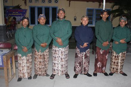 Pamong dan BPD Desa Gilangharjo
